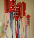 DIY MOMS – 4th Of July Poppers