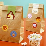 MOM Tip: Sticker Lunch Bags