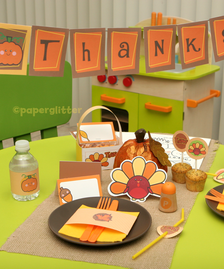 Free Thanksgiving Party Kit- Party Favors, Banner, Labels