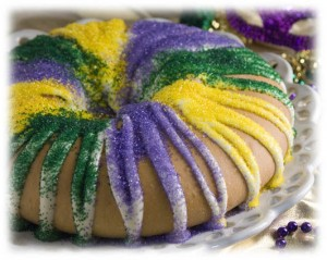 Celebrate Three Kings Day with a Kings Cake - 24/7 Moms