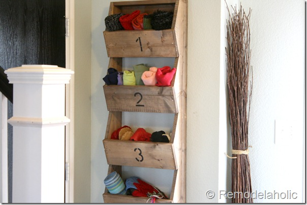 Are You An Organization Junkie And Love Storage Bins And Containers? You  Will Love This DIY Hanging Storage Bin SI Discovered Over On Remodel Aholic.