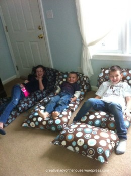 day 79 -diy kid pillow bed {100 days of summer fun} - 24/7 moms Diy Pillow Bed