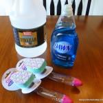 MOM Tip: DIY Tub & Shower Cleaner