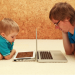 Parents: How to Model Good Technology Behavior for Your Children