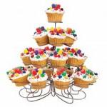 MOM Tip: Cupcake Stand