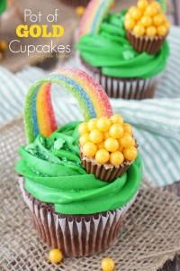 Pot-of-Gold-Cupcakes-Recipe