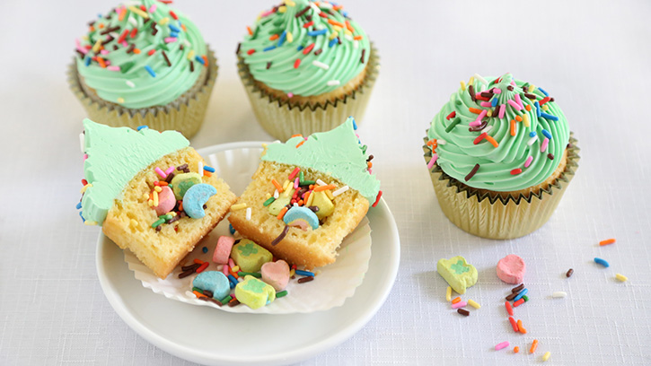 Lucky Charms™ Surprise-Inside Cupcakes to Make with Your ...