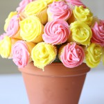 MOM Tip: DIY Cupcake Flower Bouquet