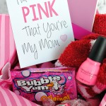 "Free ""Tickled Pink That You're My Mom"" Printable"