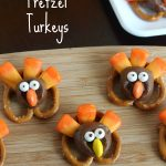 MOM Tip: Thanksgiving Pretzel Turkeys