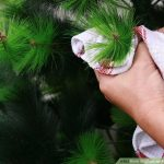 MOM Tip: How to Clean an Artificial Christmas Tree