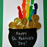 MOM Tip: St. Patrick's Day Handprint Craft