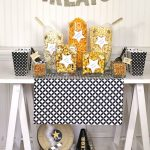 MOM Tip: Celebrate with a Popcorn Bar