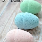 MOM Tip: DIY Easter Egg Bath Bombs