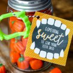 Free Something Sweet Halloween Printable