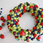 MOM Tip: How to Make an Edible Fruit Christmas Wreath
