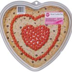 MOM Find: Wilton Heart Giant Cookie Pan