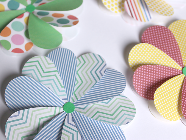 Pretty diy paper flower craft ideas 247 moms easy paper flowers from white house crafts mightylinksfo