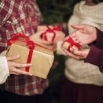 10 Ways to Get Free Christmas Gifts