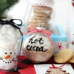 Creative Ways to Package Holiday Treats