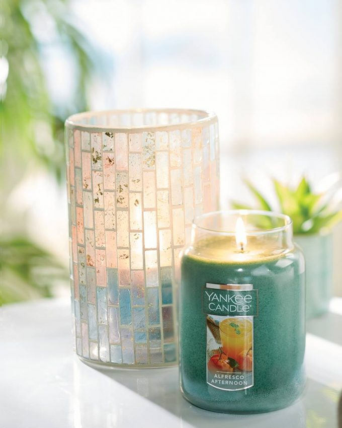 FREE Yankee Candle~$10 off $10 Purchase Coupon - 24/7 Moms